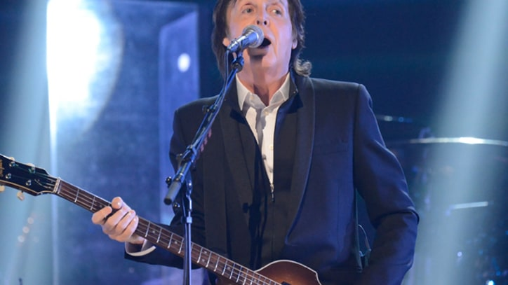 Paul McCartney Answers Questions on Twitter