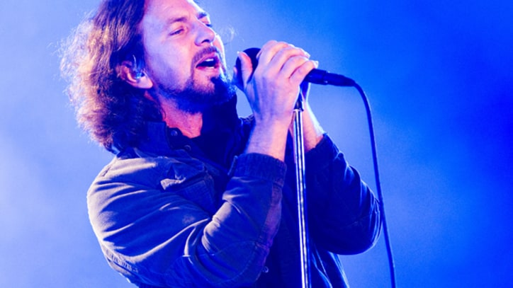 Pearl Jam Strike Early With 'Lightning Bolt' Stream