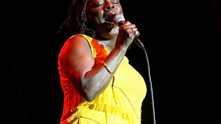 Sharon Jones Returns to Music After Cancer Surgery