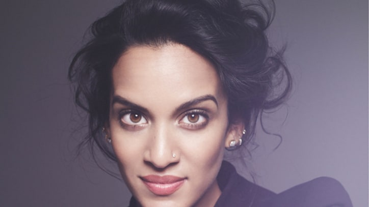 Anoushka Shankar, Norah Jones Bond on 'The Sun Won't Set'