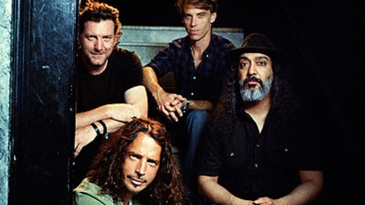 Soundgarden Prepare Live Album, Plot Return to Studio