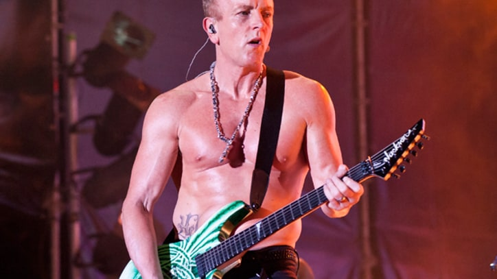 Def Leppard Rejuvenated By Guitarist's Cancer Scare