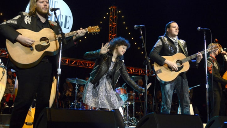 CSNY, Arcade Fire Unplug At 27th Annual Bridge School Benefit