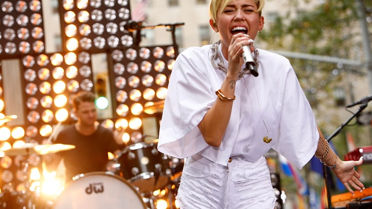 Miley Cyrus Is Bringing 'Bangerz' to Arenas