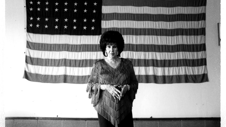 Wanda Jackson Covers the White Stripes - Song Premiere
