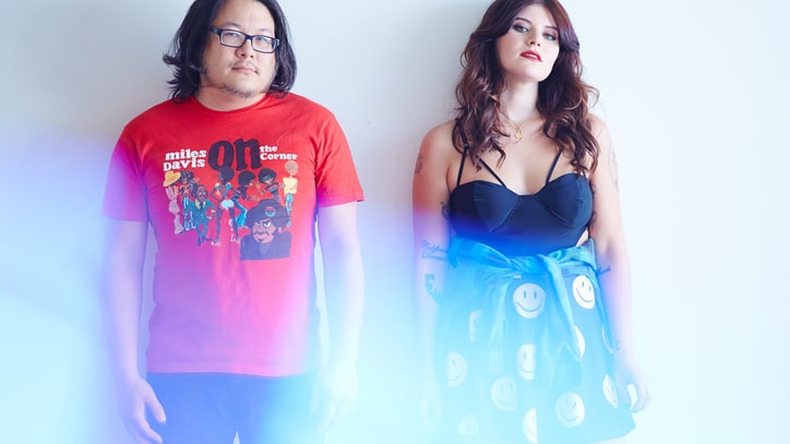 Best Coast Working on a 'Nineties' Album With Butch Walker