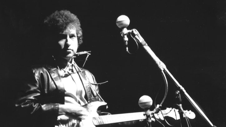 Bob Dylan's Newport Guitar Sells for Nearly a Million Bucks