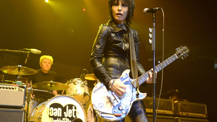 Joan Jett, Heart Call Out SeaWorld Over 'Blackfish' Movie