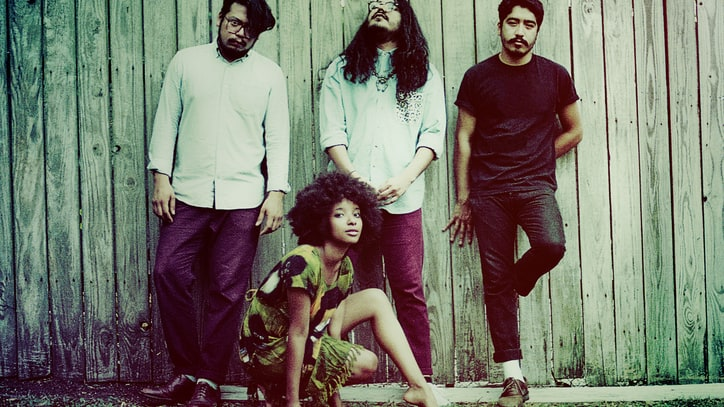 'Magic Hour' by The Tontons - Free MP3
