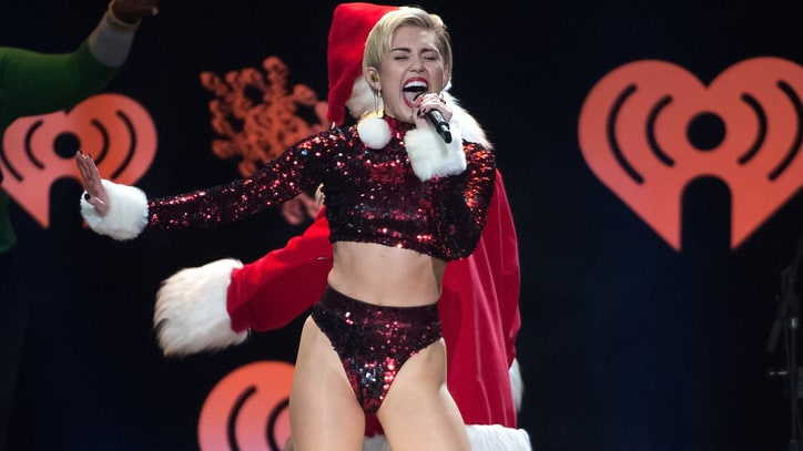 Miley Cyrus Flashes Twitter to 'Free the Nipple'
