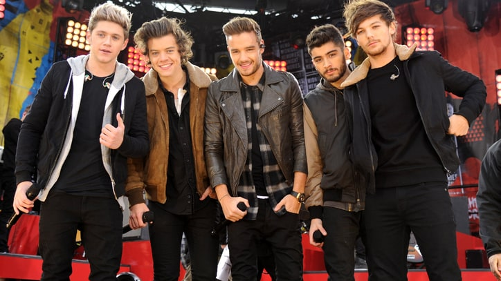 On the Charts: Beyonce, One Direction Want Your Gift Cards