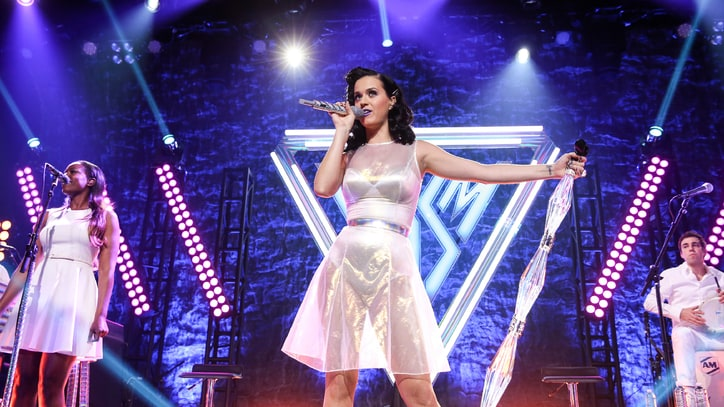 Katy Perry Cues Up 'Prismatic' World Tour