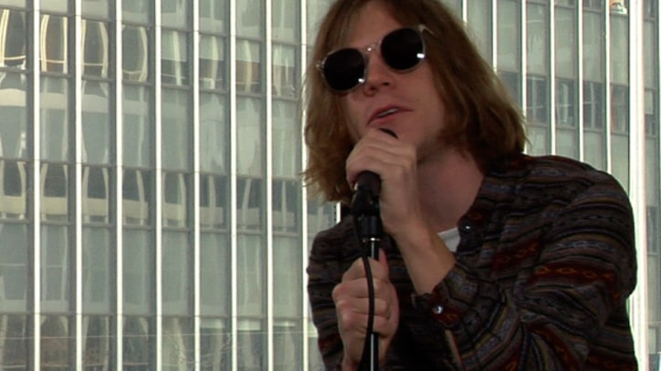 Rolling Stone Live: Cage the Elephant Go High Energy Without Electricity