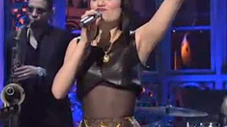 Jessie J Makes Her Big American Debut on 'SNL'