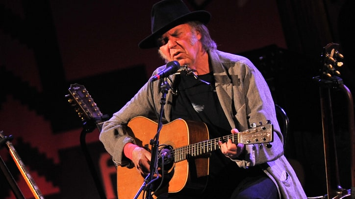 Neil Young's Low-Tech New Album 'A Letter Home' Due in March