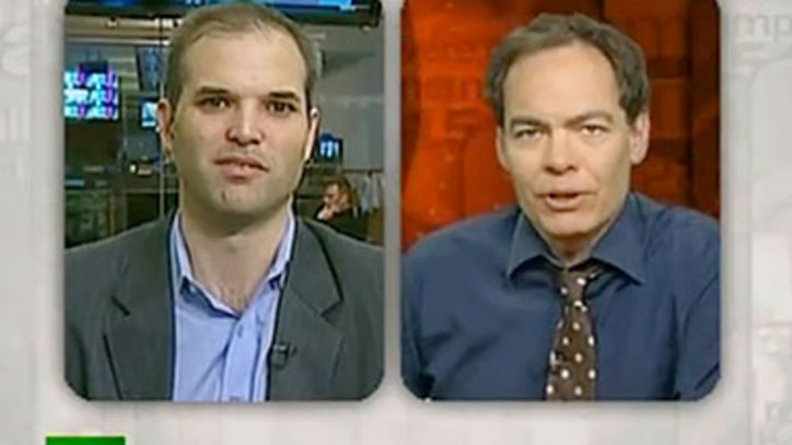 Video: Talking Welfare for the Rich with Max Keiser