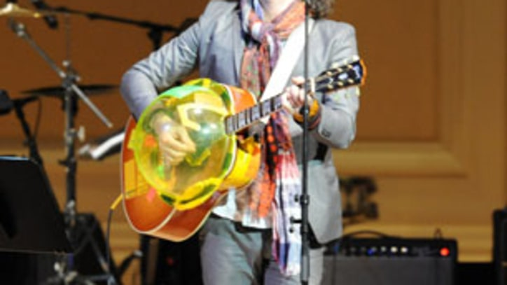 Flaming Lips, Michael Stipe, The Roots and Patti Smith Rock for Tibet