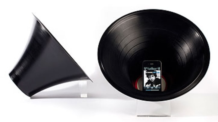 Designer Paul Cocksedge Transforms Vinyl Records Into Smartphone Amps