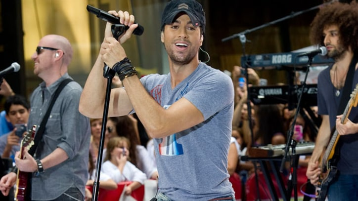 Enrique Iglesias Moves Into 'CityVille'