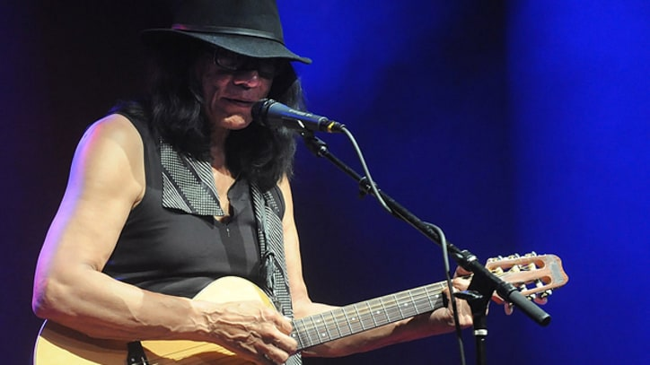 Resurrecting 'Sugar Man': Rodriguez Comes Alive in Solo New York Show
