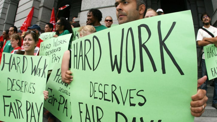 Why It's Time to Start Pushing for a Minimum Wage Hike