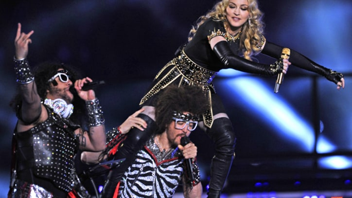LMFAO Rocks Million-Dollar 'Beats by Dre' Headphones During Super Bowl Halftime Show