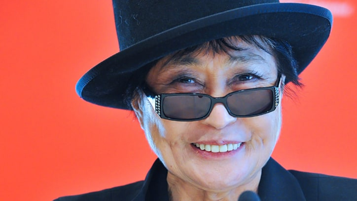 Yoko Ono Is Releasing #smilesfilm App