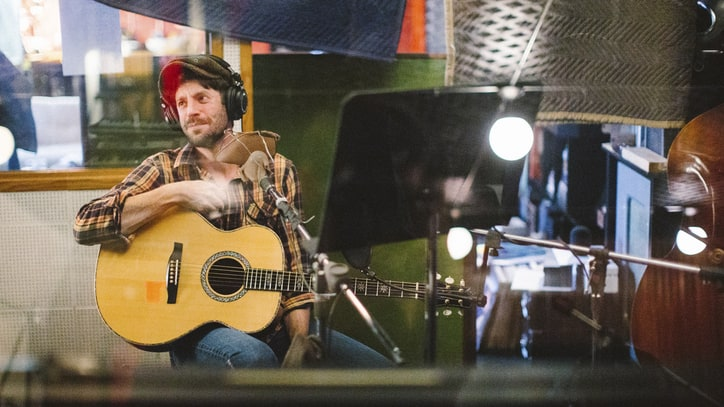 Ray LaMontagne Gets Loose With Dan Auerbach on New LP 'Supernova'
