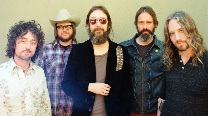Hear Chris Robinson Brotherhood's Trippy New Rocker 'Shore Power'