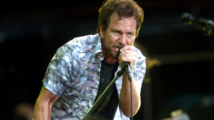 Former Pearl Jam Accountant Sentenced to Prison for Embezzlement