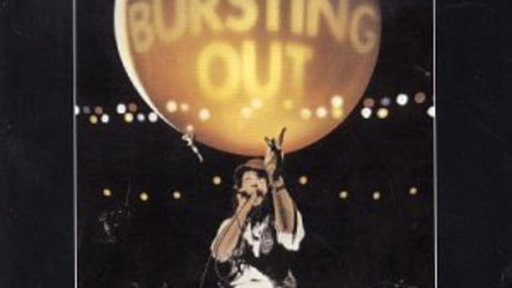 Bursting Out: Jethro Tull Live