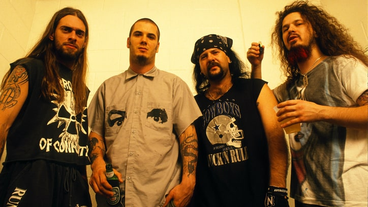 Pantera Look Back at 20 Years of 'Far Beyond Driven'