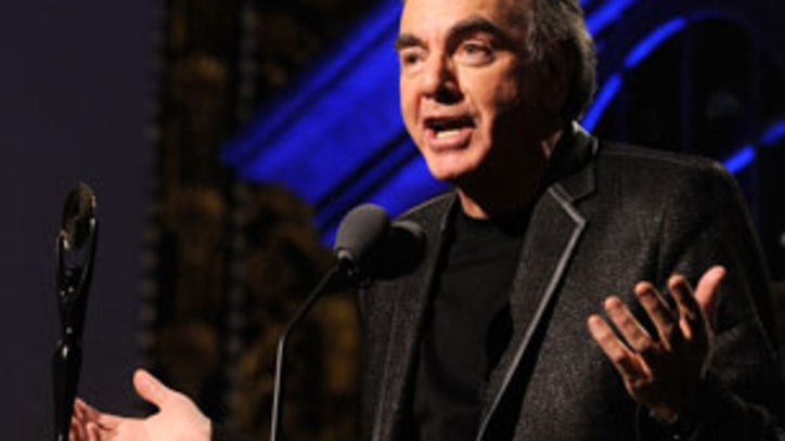 Hall of Fame 2011: Alice Cooper and Neil Diamond Get Irreverent