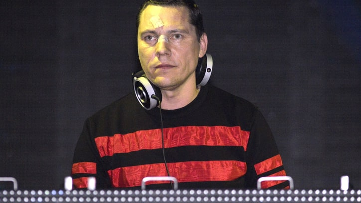 Tiesto Cancels Caracas Show Over Unrest in Venezuela