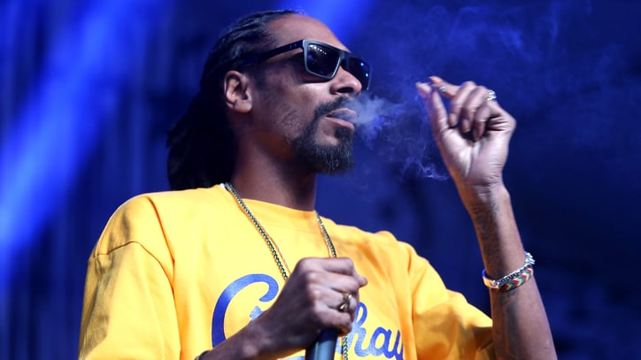 Snoop Dogg Hosting 4/20 'Wellness Retreat' in Pot-Friendly States