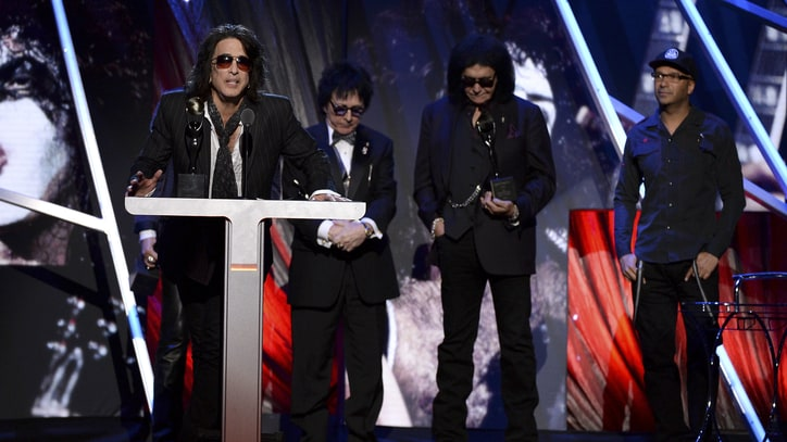 Kiss Peacefully Reunite for Hall of Fame Induction