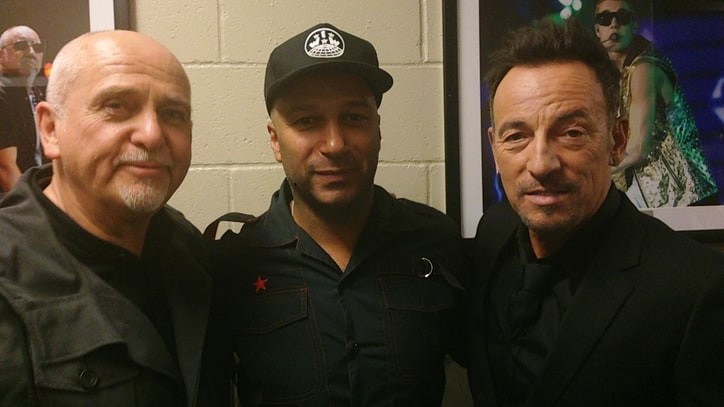 10 Amazing Backstage Moments From the Rock Hall's 2014 Induction