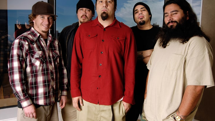 Deftones Honor Late Bassist With Unreleased 'Eros' Track 'Smile'