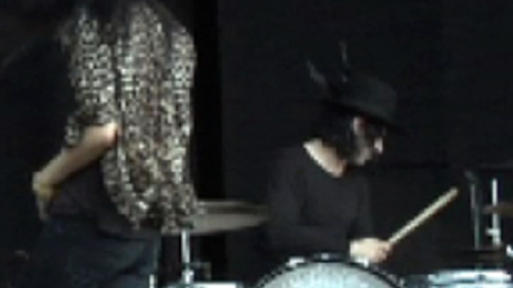 Bonnaroo 2010: The Dead Weather