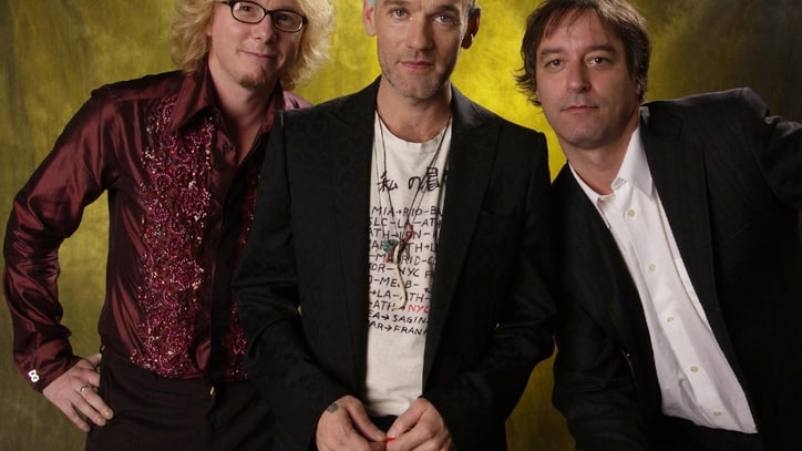 Hear R.E.M.'s Stunning 2001 'Unplugged' Version of 'The One I Love'