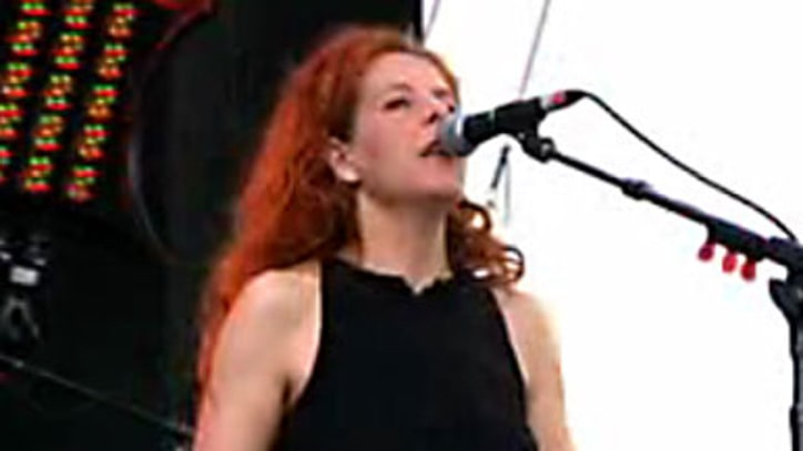 Lollapalooza 2009: Neko Case and The Ravonettes