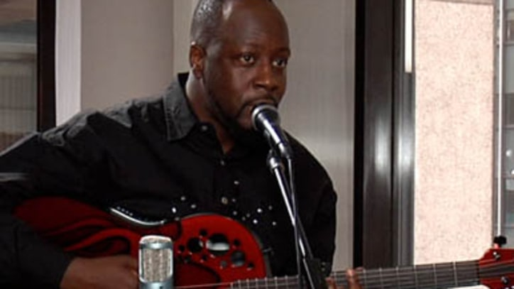 'Gone Till November,' Wyclef Jean: Rolling Stone Live
