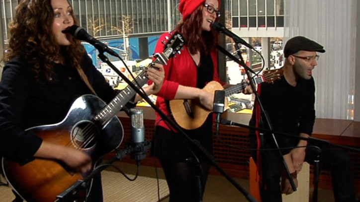 Rolling Stone Live: Ingrid Michaelson, 'Parachute'