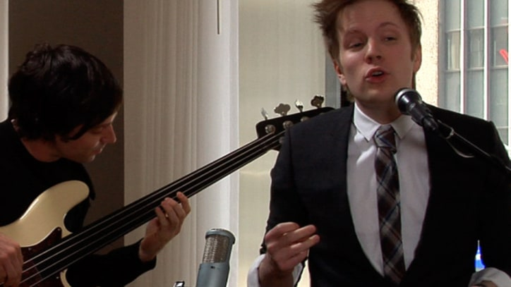 Rolling Stone Live: Patrick Stump Covers Tom Waits' 'Step Right Up'