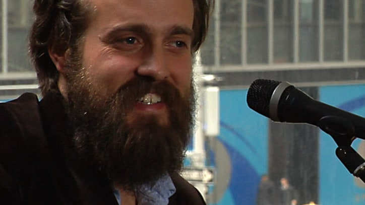 Rolling Stone Live: Iron & Wine, 'Tree By the River'