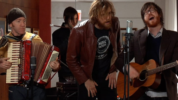 Rolling Stone Live: Okkervil River, 'Wake and Be Fine'
