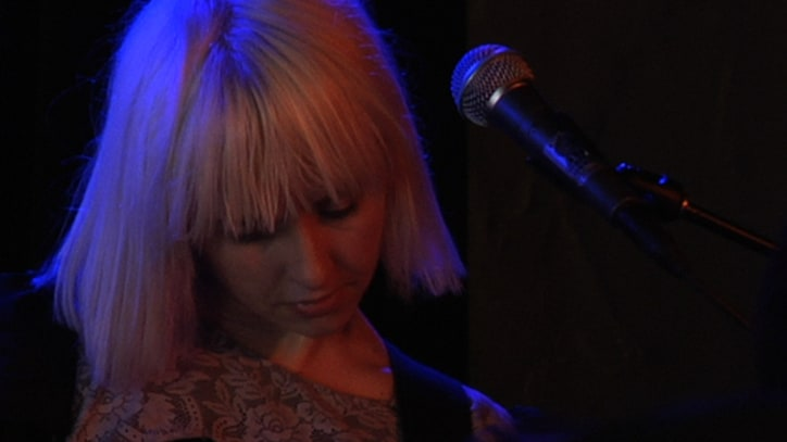 The Joy Formidable Perform 'Austere' at SXSW 2011