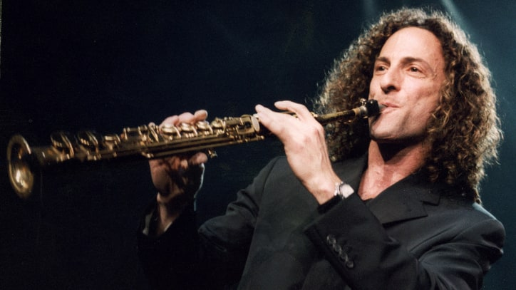 China Embraces Kenny G's 'Going Home' as Its Anthem to Go Home