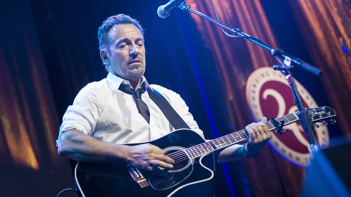 300 Bruce Springsteen Artifacts Coming to New Online Museum