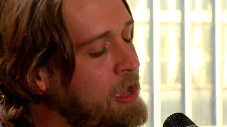 Rolling Stone Live: Hayes Carll, 'Hard Out Here'